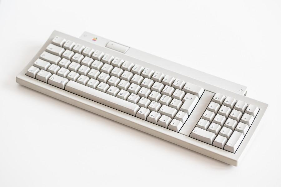 6U9C0028
